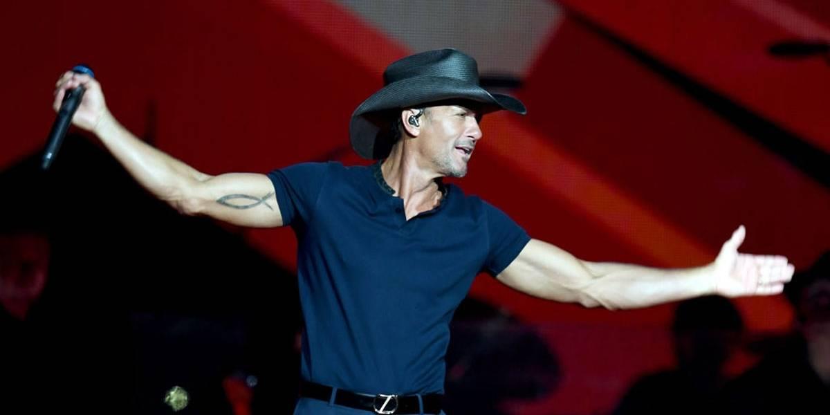 Cantor country Tim McGraw desmaia em pleno palco na Irlanda