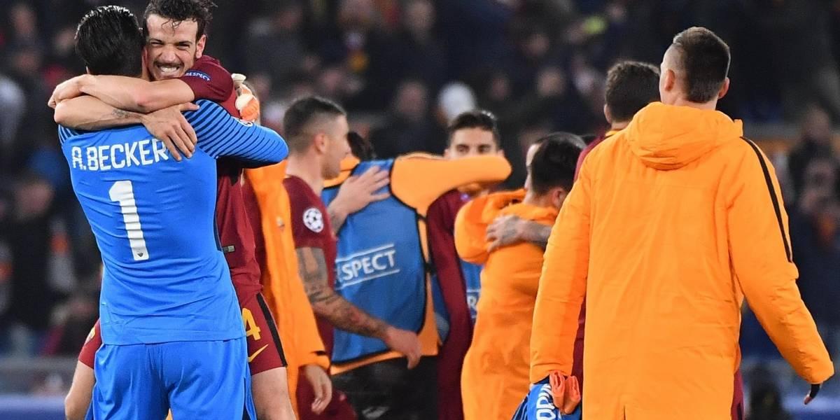 Un gol de Dzeko mete al Roma en cuartos de final