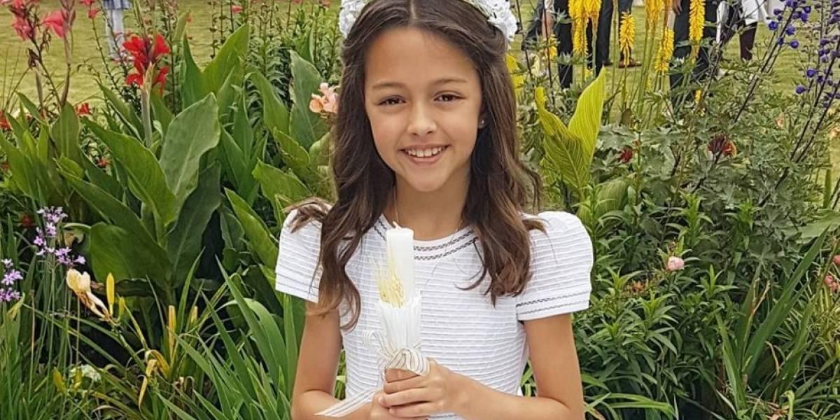 ¿Heredó el talento? Elena, la hija de Carlos Vives, cantó La tierra del olvido en vivo
