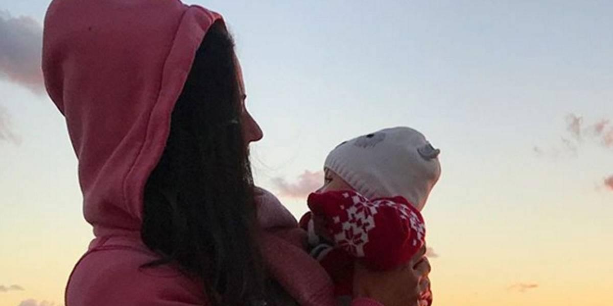 Carol Castro representa toda mãe que volta ao trabalho após nascimento dos filhos