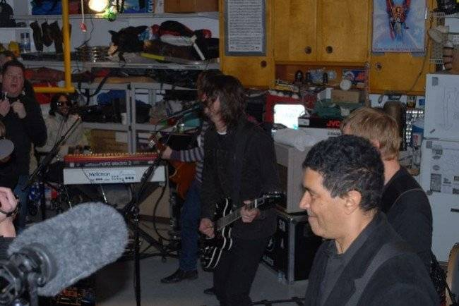foofightersgarage650x434.jpg