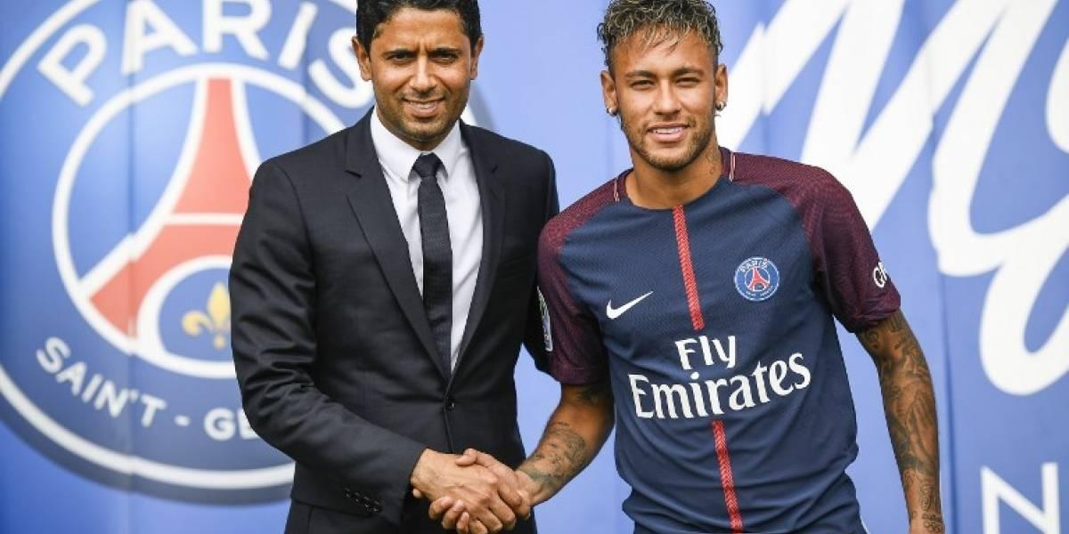 FOTOS. El dueño del PSG visita al lesionado Neymar en Brasil