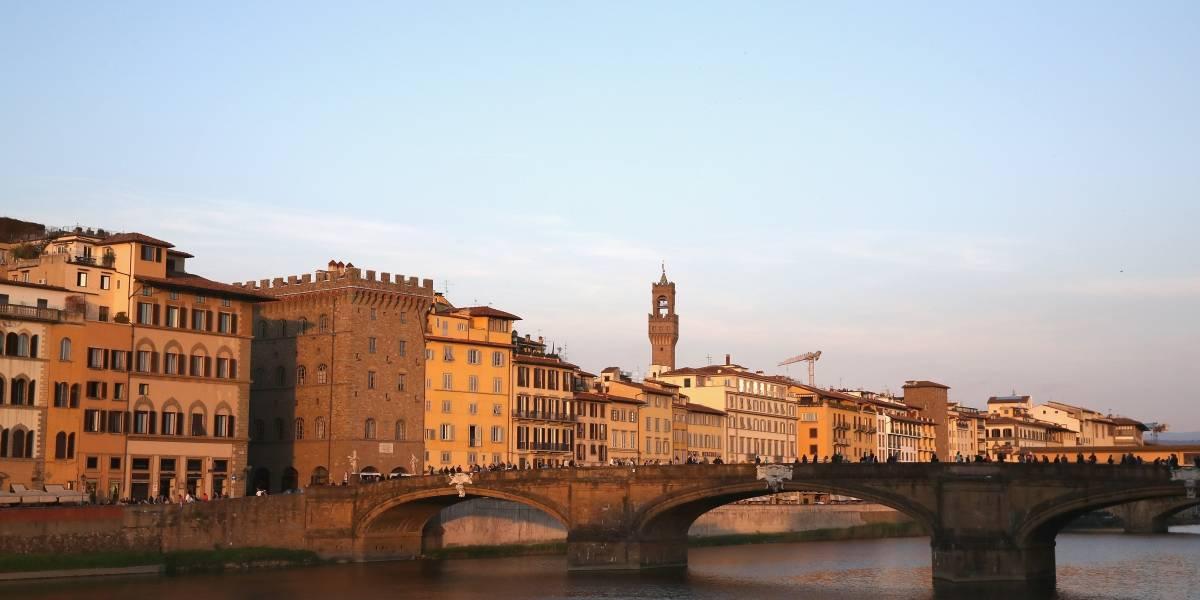 Brasileira é denunciada por atirar vaso de sacada em Florença