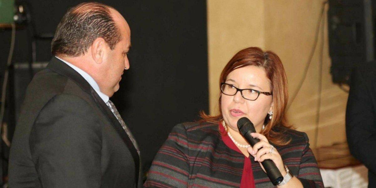 Reconocen a alcalde de Aguada por su labor antes y después de María