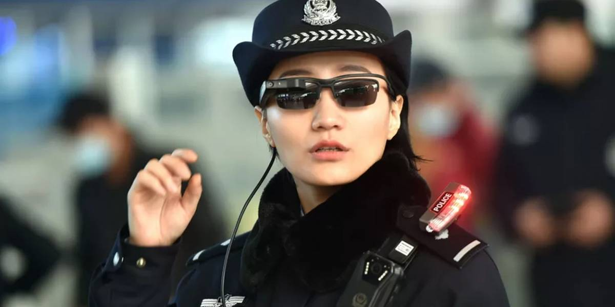 Policía china ahora usa lentes con reconocimiento facial para perseguir activistas