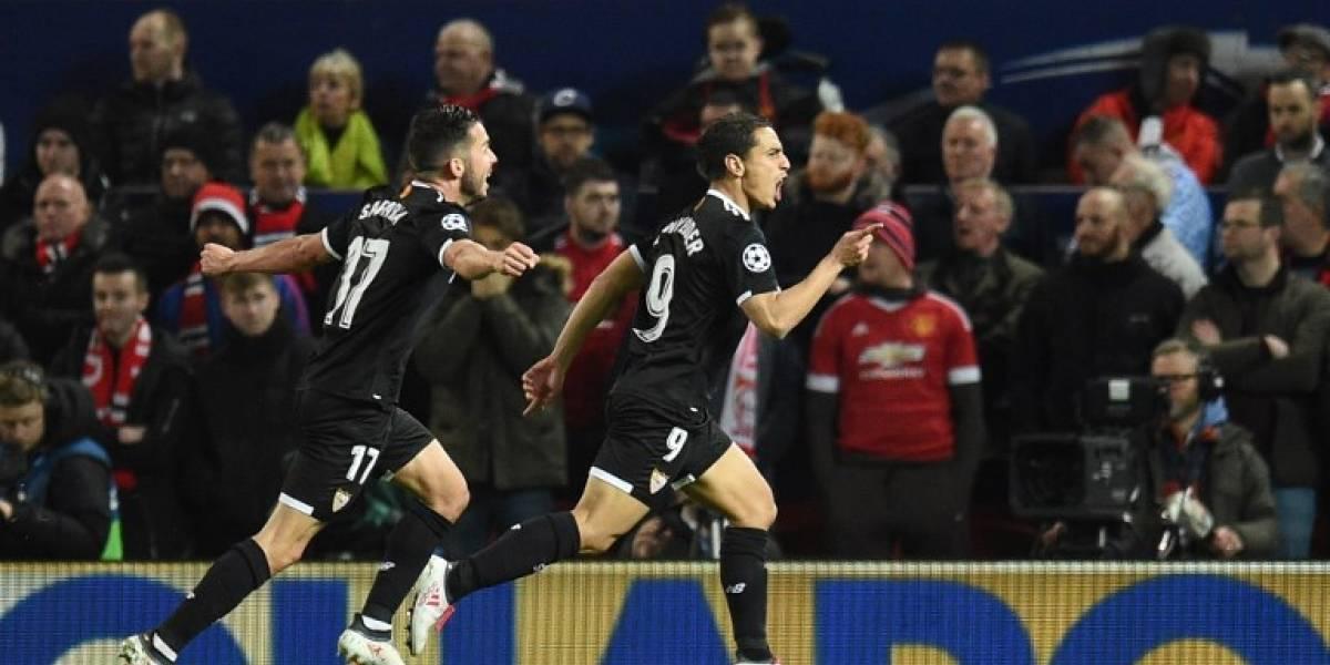 El Sevilla da la sorpresa y elimina al Manchester en Old Trafford