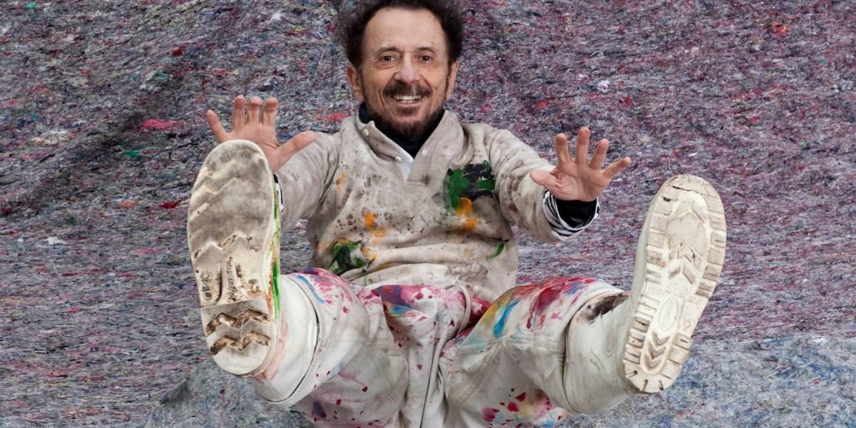 Exposição gratuita festeja trajetória de vida do cantor e compositor Tom Zé