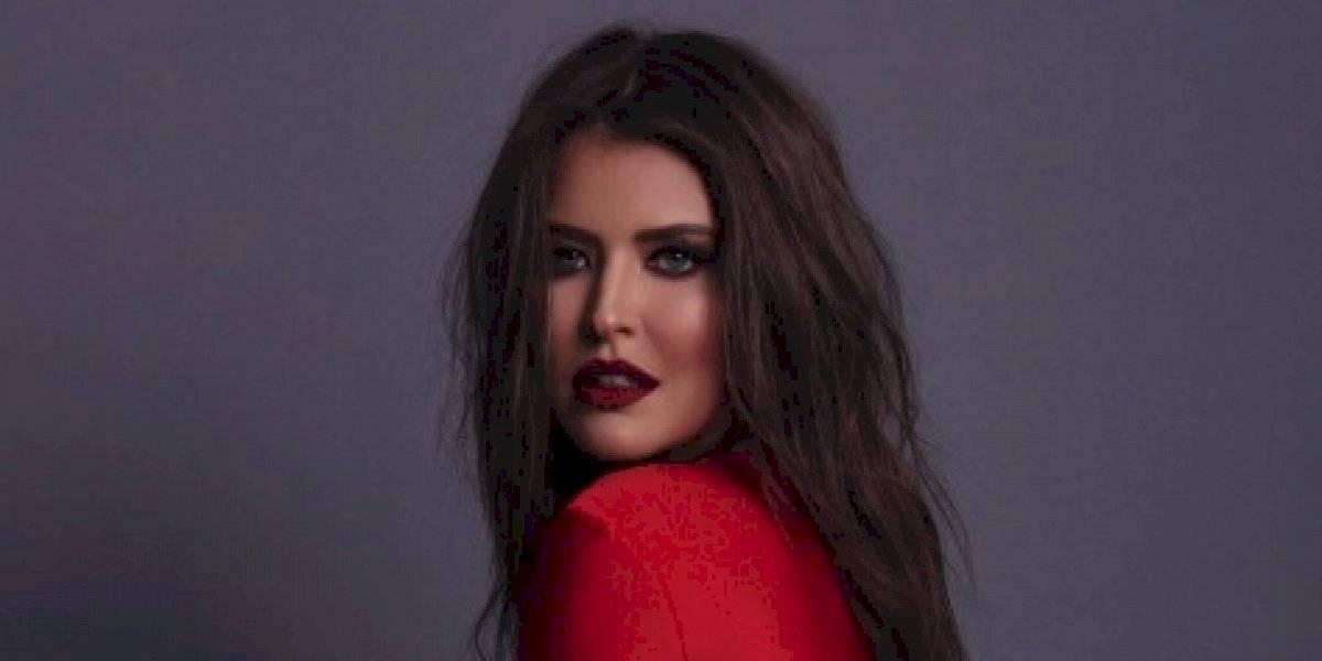 FOTOS. Vanessa Claudio muestra sensualidad con vestido transparente