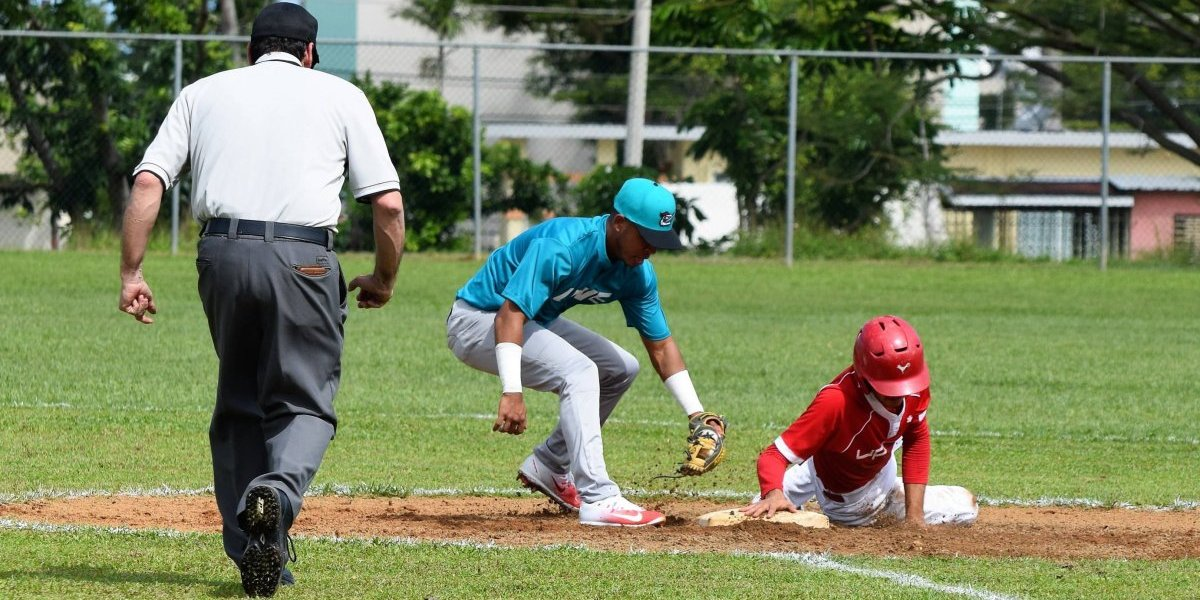 Se acerca final de la temporada regular del béisbol universitario