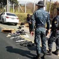 Interceptan vehículo en Amatitlán