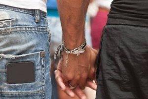 Estudo revela que ninguém é 100% heterossexual e que todos ficamos excitados com pessoas do mesmo sexo