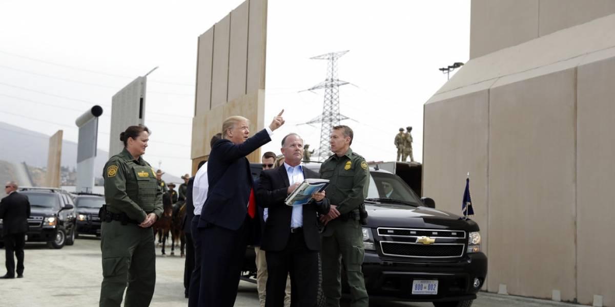 """Trump tilda a los inmigrantes de """"escaladores profesionales""""  pero dice que su muro los detendrá"""