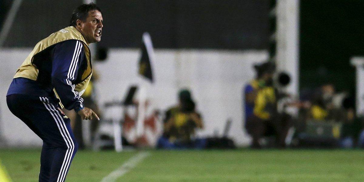 """Hoyos se rinde a Araos: """"Es un jugador que le dará mucha satisfacción al fútbol chileno"""""""