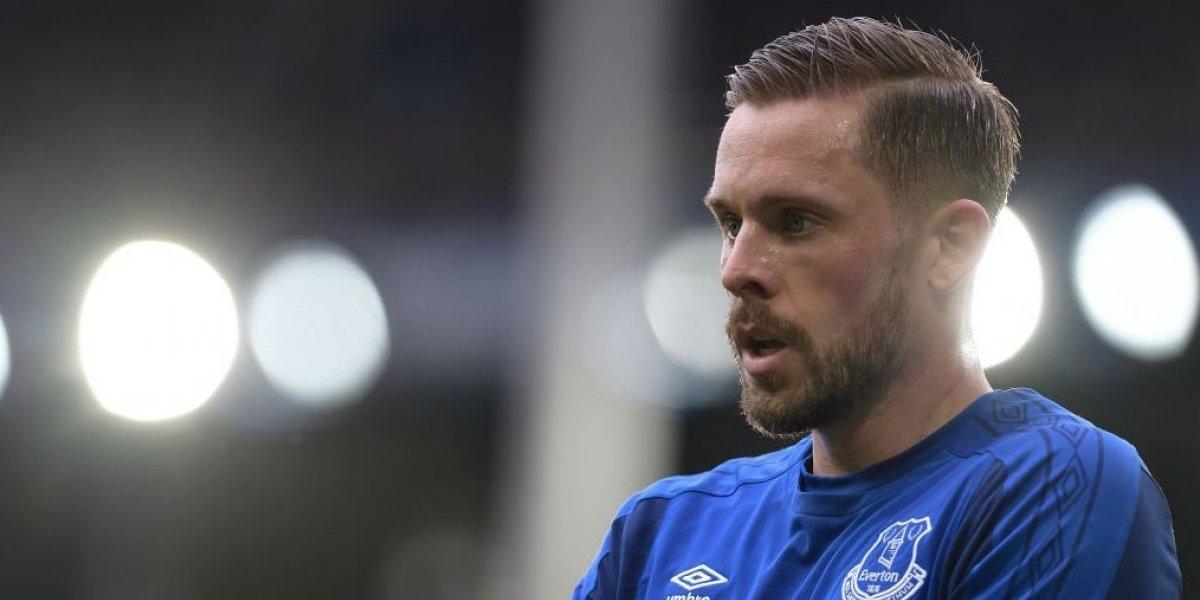 Gylfi Sigurdsson, jugador de Islandia, afuera por una lesión en la rodilla