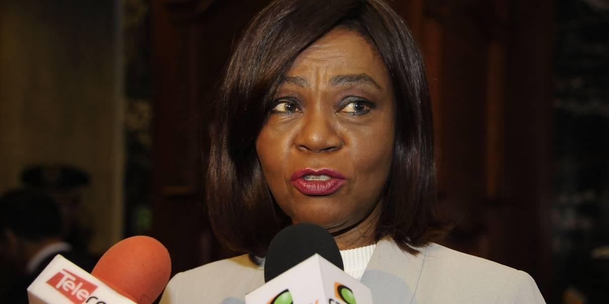 Mae Montaño pide juicio político contra la ministra Verónica Espinosa por caso VIH