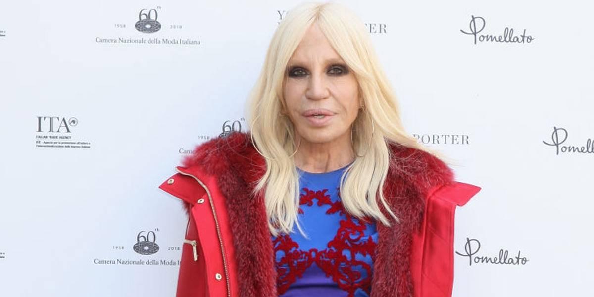 Donatella Versace decreta o fim da era das peles de animais na moda