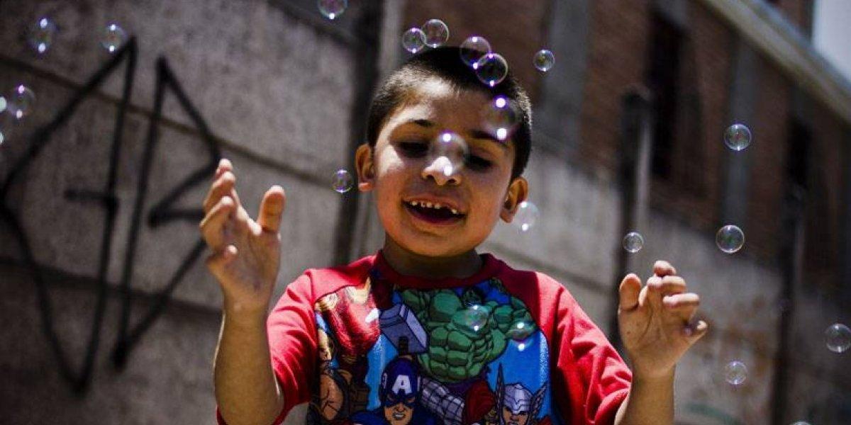 ¿Estamos más tristes? Chile pasó del puesto 20 al 25 en reconocido ranking de felicidad