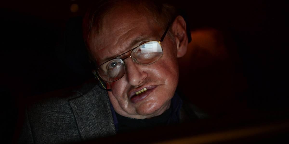 Stephen Hawking y el día en que su tesis doctoral colapsó la web de Cambridge