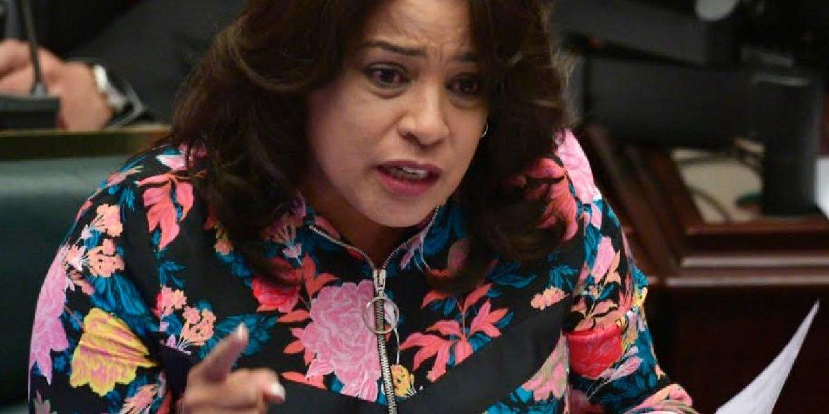 Tata Charbonier busca establecer puntos de encuentros para menores y familiares