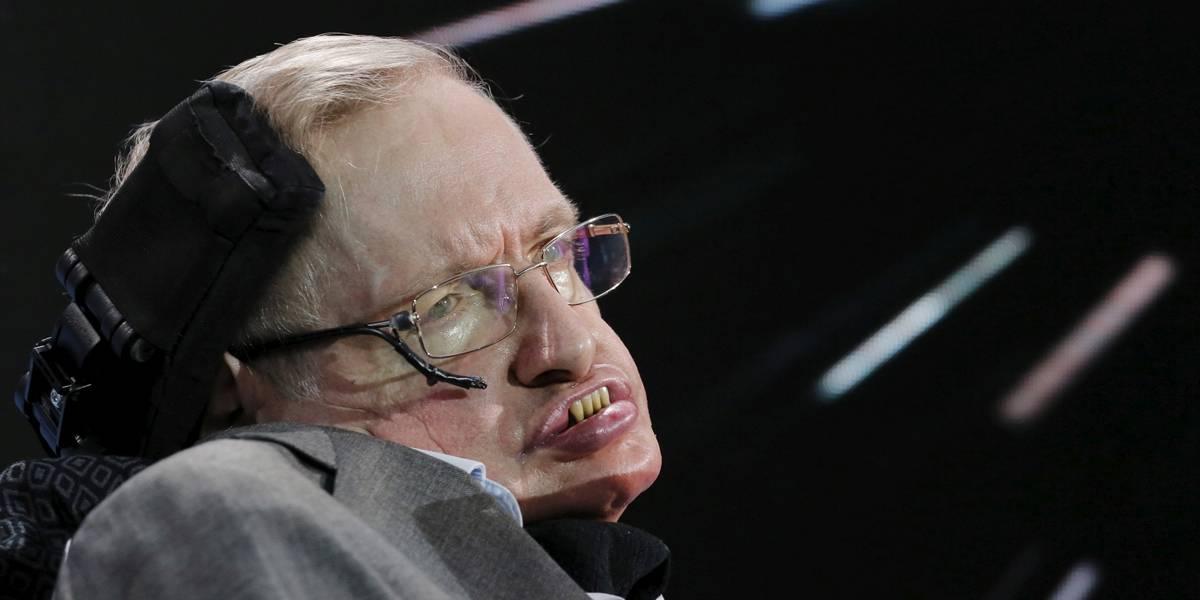 Hawking pediu fórmula dos buracos negros em sua lápide