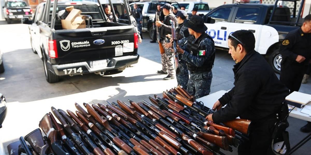 La CEDHJ indaga desarme a policía de Tlaquepaque