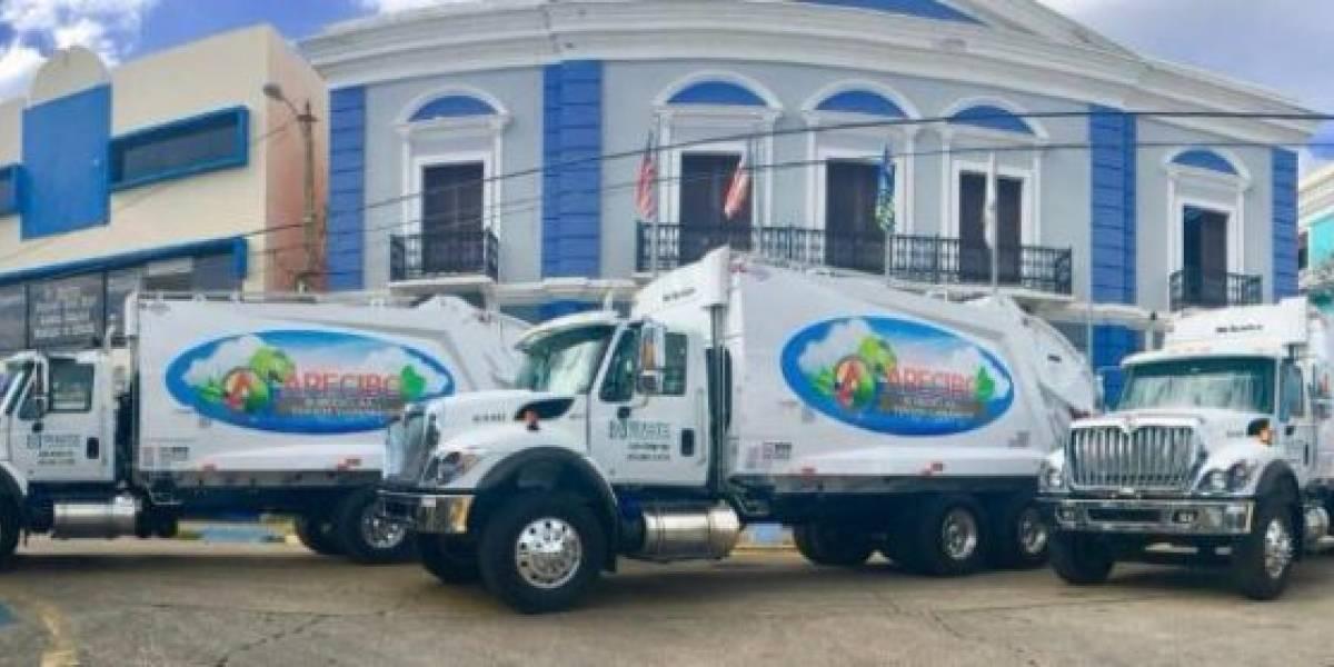 Arecibo incorpora tres camiones nuevos a su programa de desperdicios sólidos