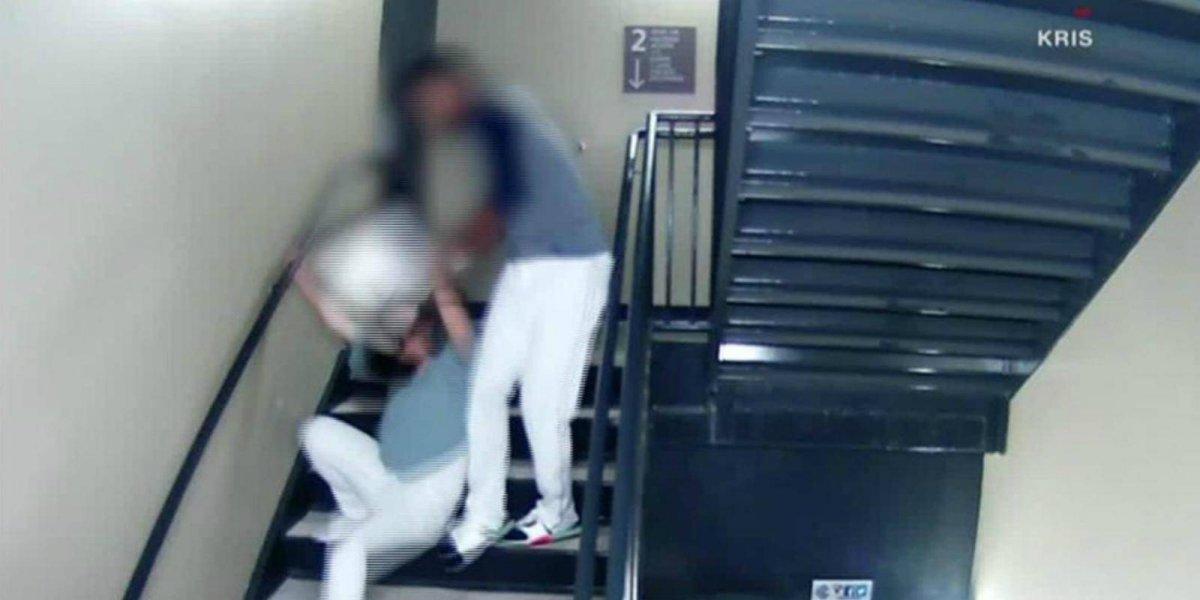 Sale a la luz video de estrella de béisbol dando una salvaje golpiza a su novia
