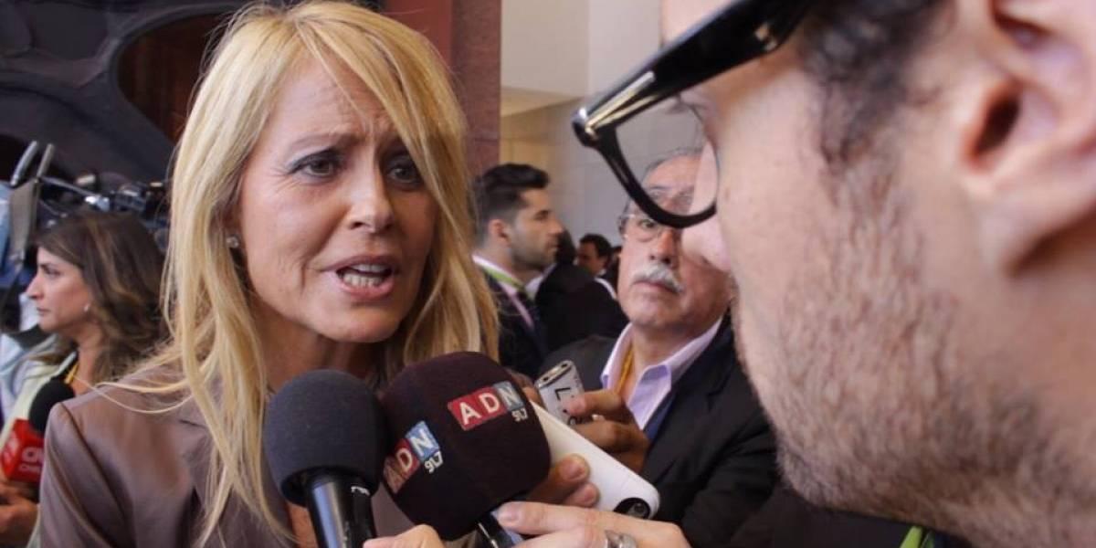Frente Fracasados lo vuelve a hacer: publican video del momento más incómodo de Cecilia Bolocco en el cambio de mando