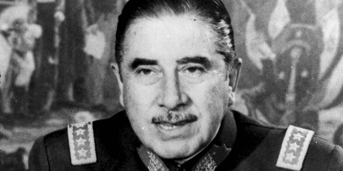 No se veía desde Pinochet: el último toque de queda que se decretó en Santiago por protestas sociales
