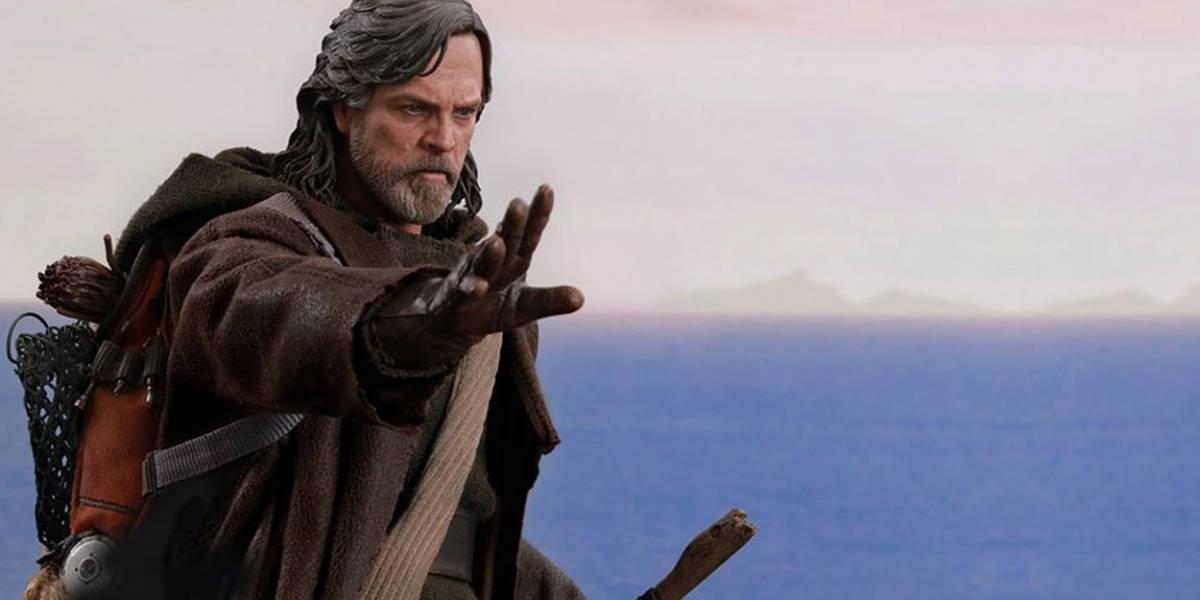Luke Skywalker reseña los muñecos de Luke Skywalker