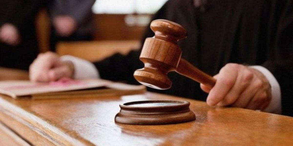 Dictan un año de prisión preventiva a hombre acusado de asfixiar infante