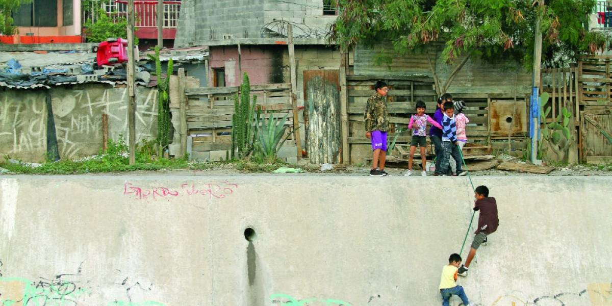 Más de 31 mil están en pobreza extrema en Nuevo León