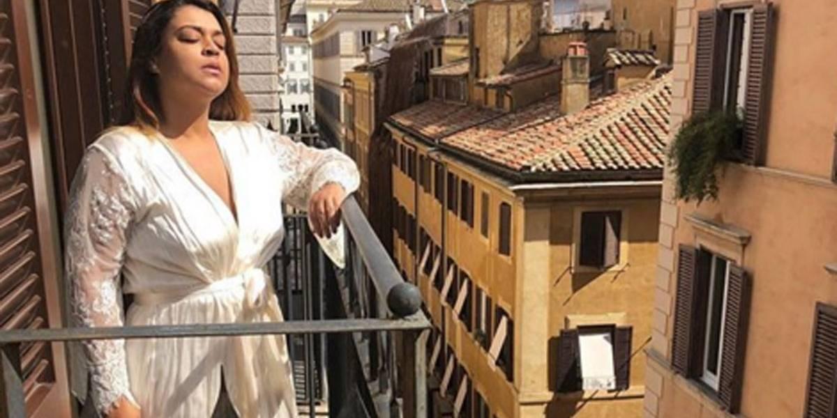 Fã grávida e desempregada pede mil reais a Preta Gil e ela, de férias na Europa, promete ajudar