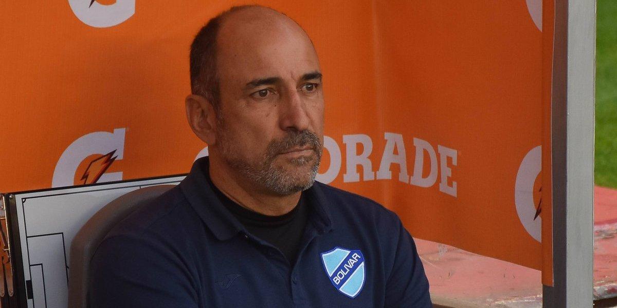 """DT de Bolívar: """"Hubo un equipo que quiso jugar y fuimos nosotros, Colo Colo no dio más de cuatro pases seguidos"""""""
