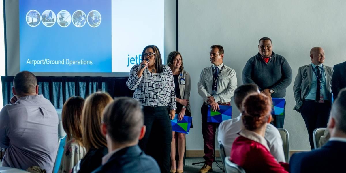 JetBlue está en proceso de contratar a nuevos tripulantes a medida que aumenta la capacidad de vuelos en Puerto Rico