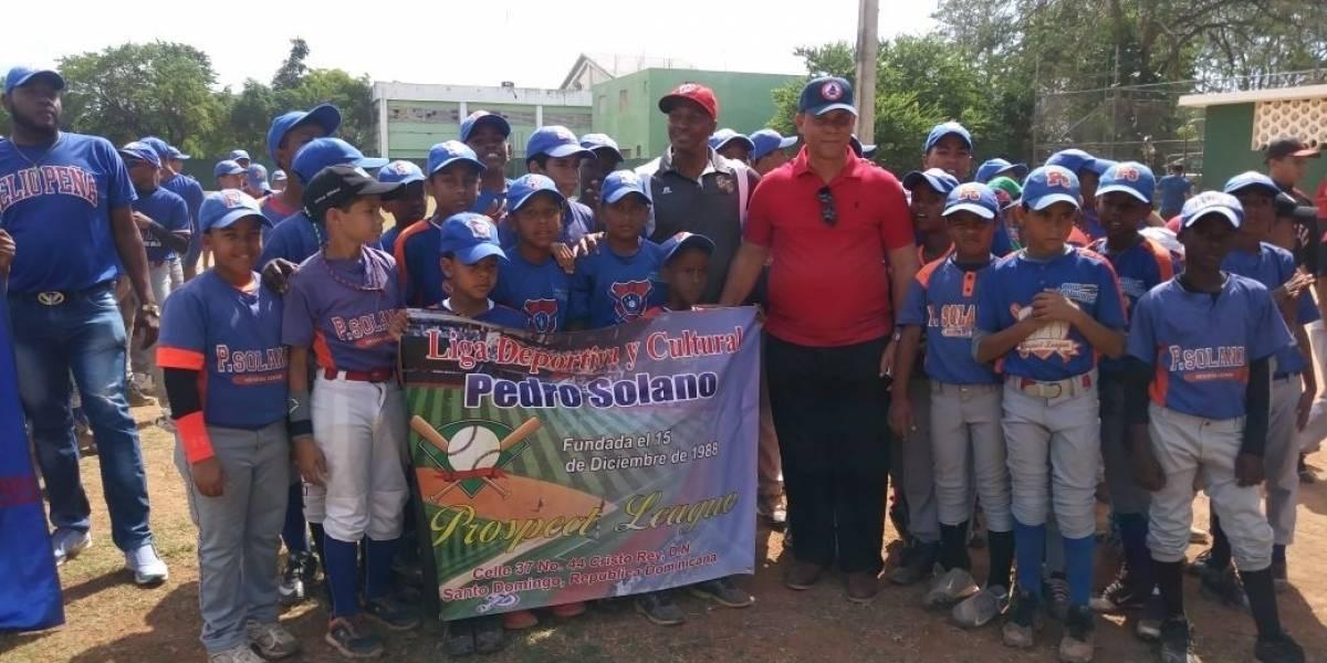 Inauguran torneos béisbol categorías menores del Distrito Nacional