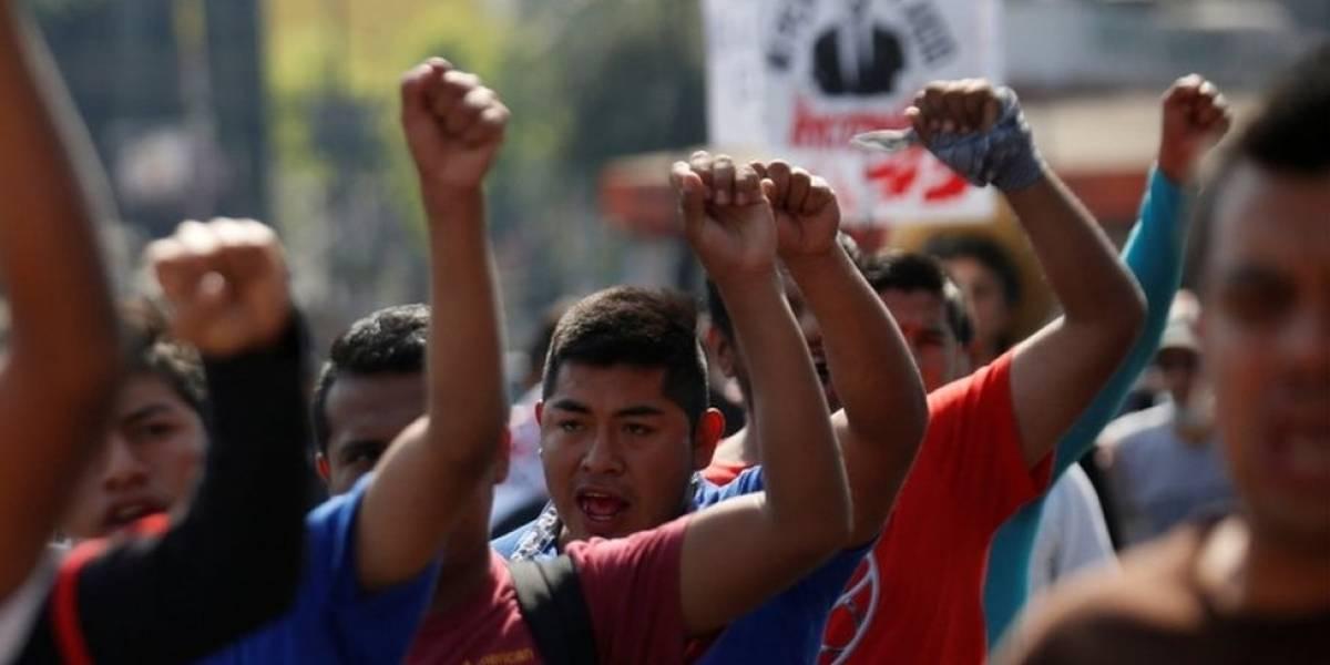 """""""Caso Ayotzinapa"""": Se revela video donde los detenidos son torturados"""