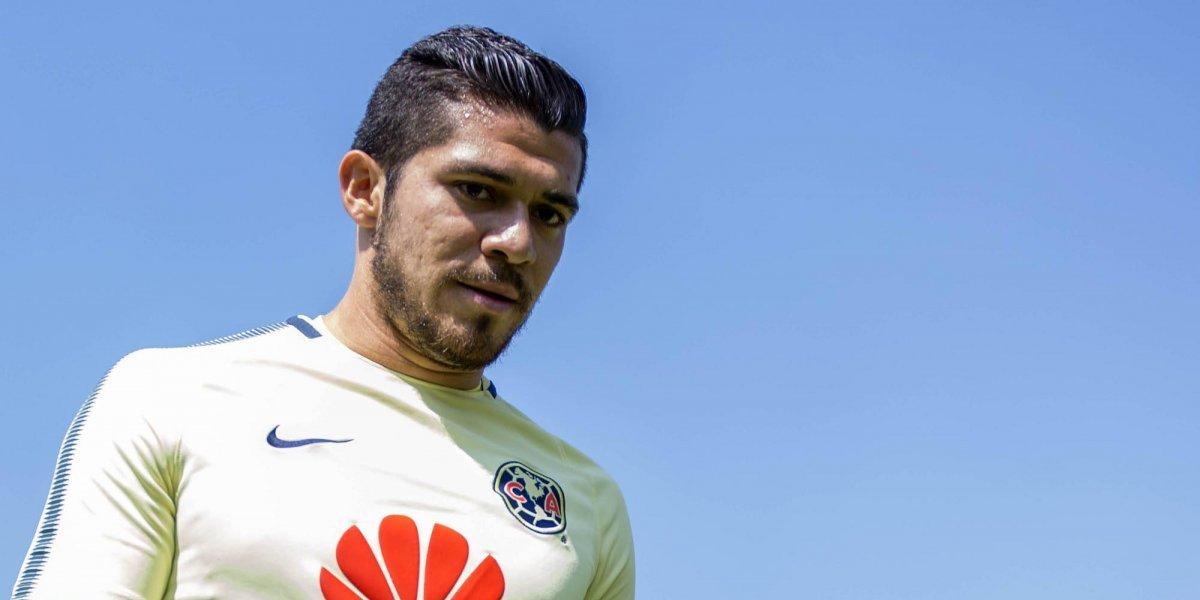 VIDEO: Herrera le pide a Henry Martín que se olvide de la Selección