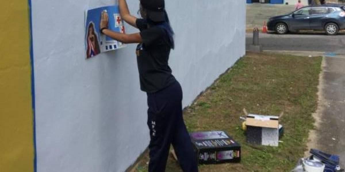 Premian a muralistas en Arecibo