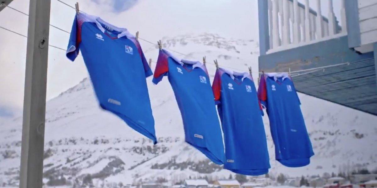 Alucinante presentación de la camiseta de Islandia para el Mundial