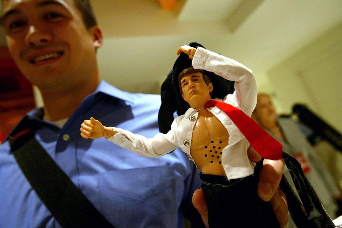 Y así se divertían con el muñeco de Donald Trump Foto: Getty Images