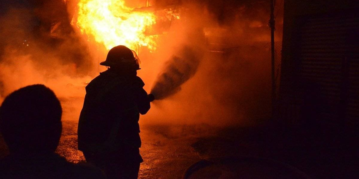 Incendio en mercado La Terminal deja cuantiosas pérdidas