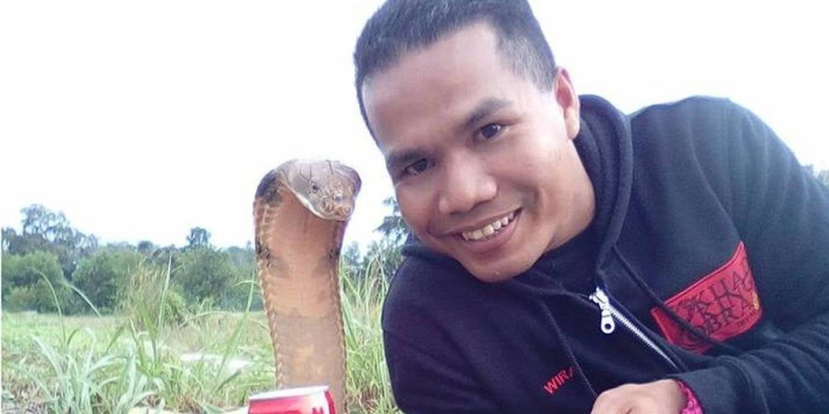 A morte do domador de serpentes picado por uma cobra