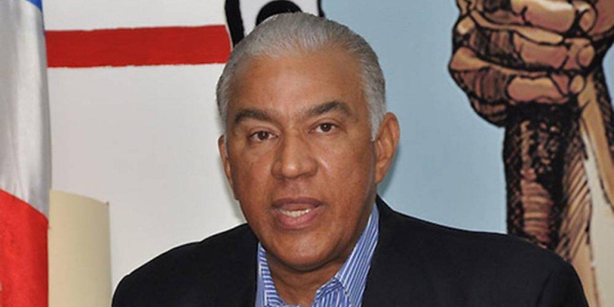 Andrés Bautista declina candidatura a la presidencia del PRM