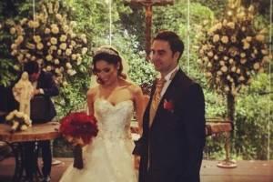 Pamela Paz cumple su sueño en su boda religiosa