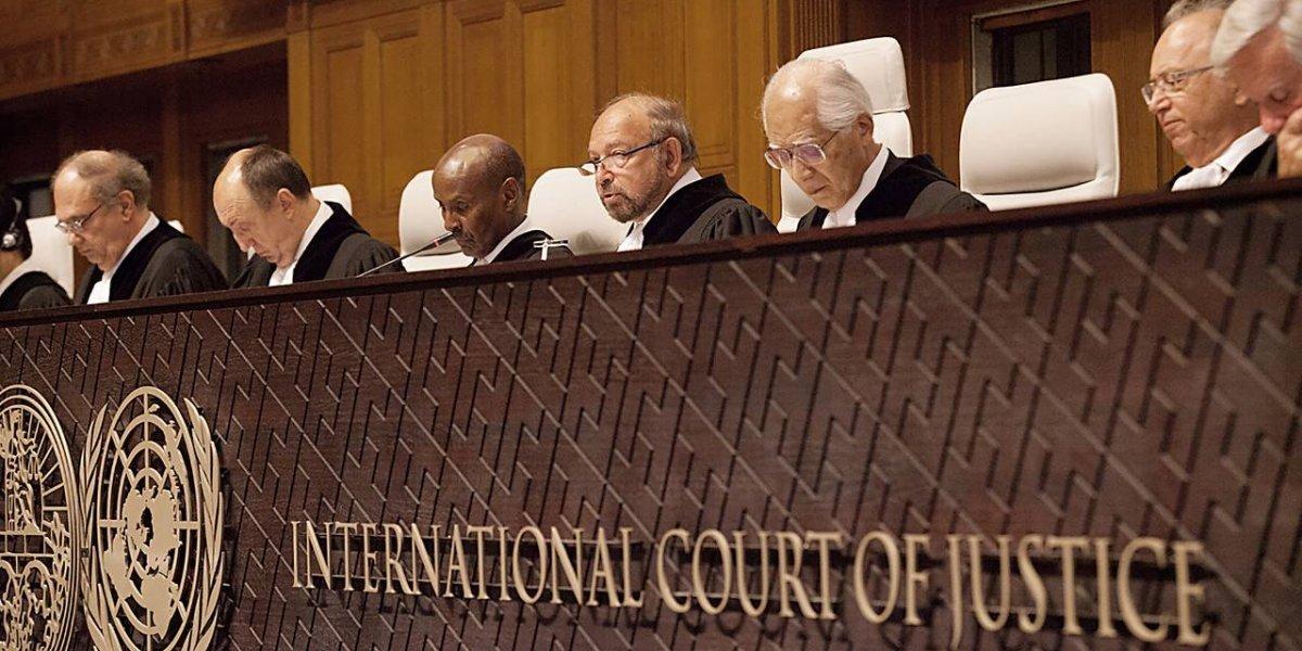 """Los jueces de la Corte en La Haya: la inquietante razón por la que su presidente podría """"perjudicar"""" a Chile ante Bolivia"""