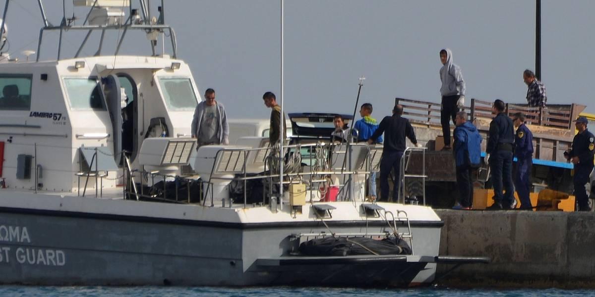 Naufrágio no Mar Egeu mata ao menos 14 imigrantes