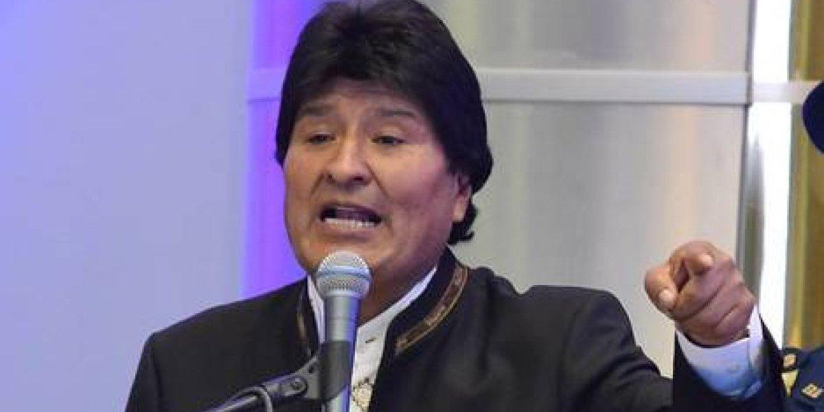 """Morales se reunió en La Haya con su equipo jurídico y se declaró """"muy optimista"""""""