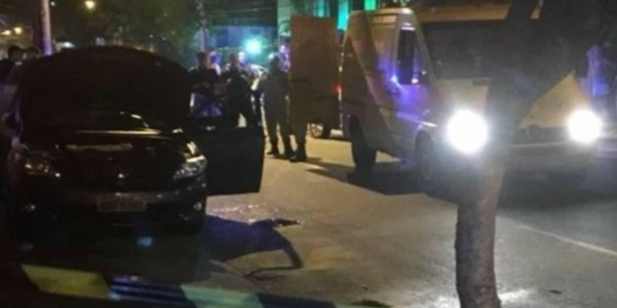 Corpos de dois irmãos são encontrados dentro de carro na Zona Norte do Rio
