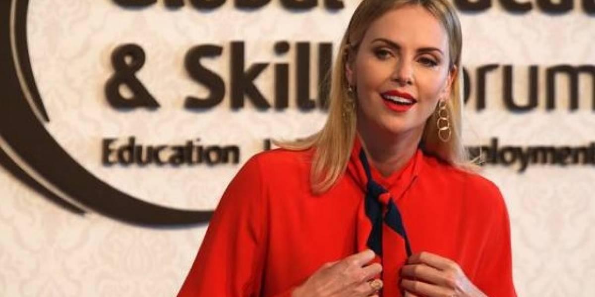 """Theron: idea de armar a los maestros en EEUU es """"indignante"""""""
